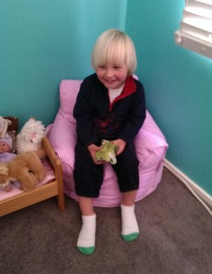 toddler_lounge_review
