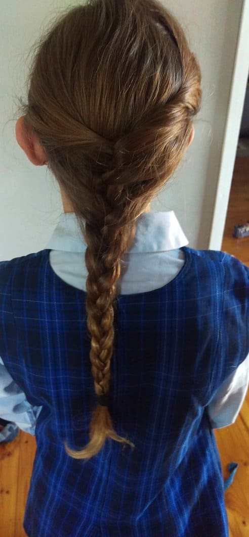 Easy hairstyles for school in under 5 minutes